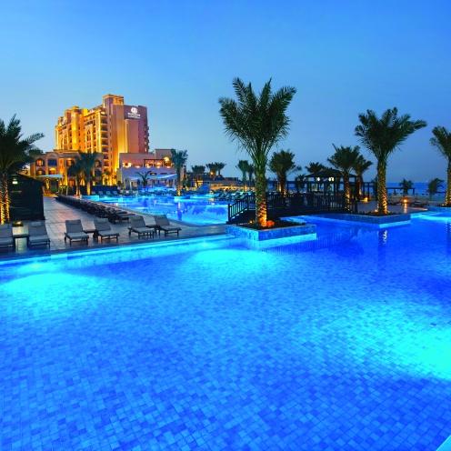 RKTMI_Villa Pool night
